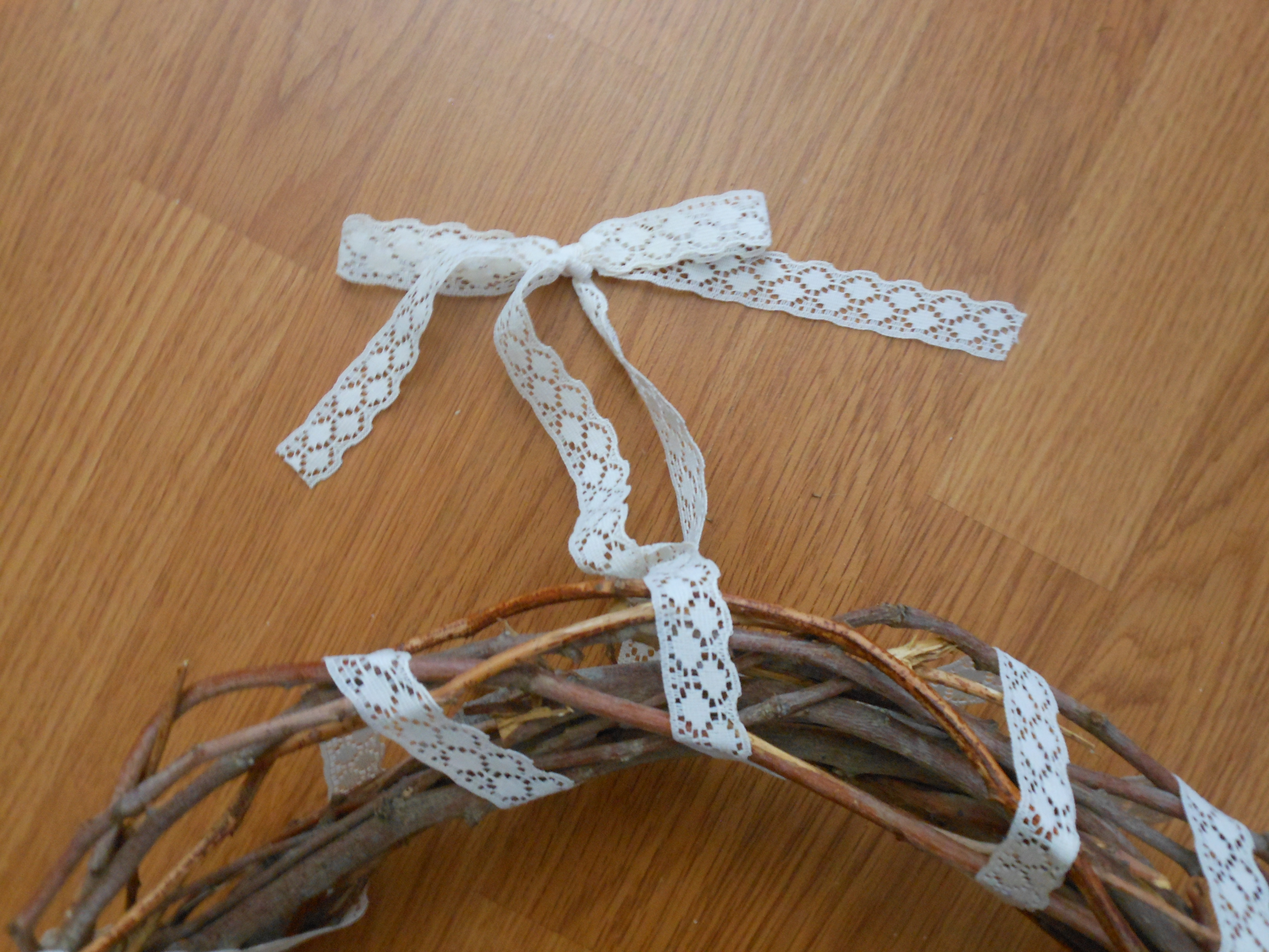 Extra ribbon for hanging the wreath