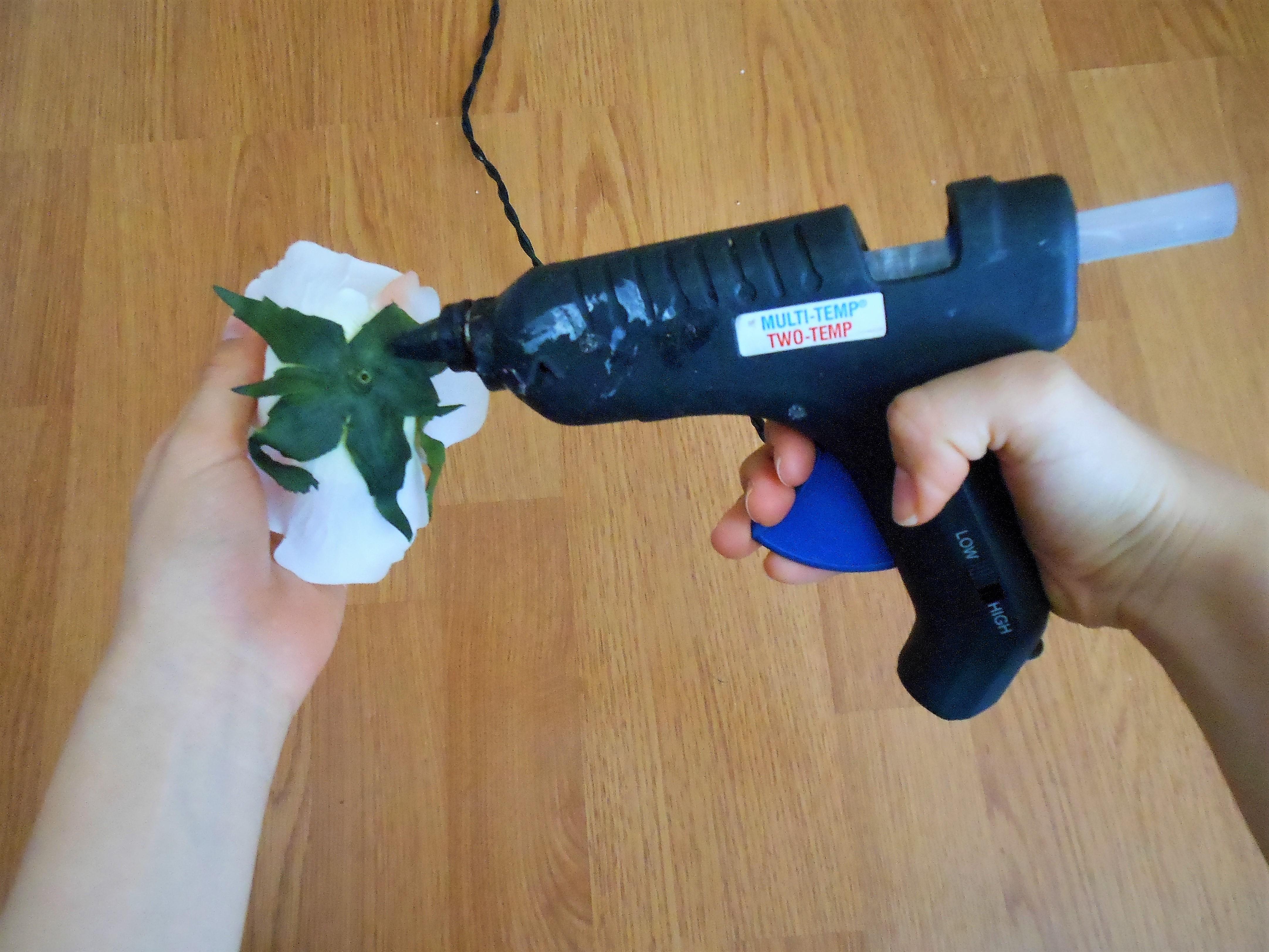 Hot Glue Flowers