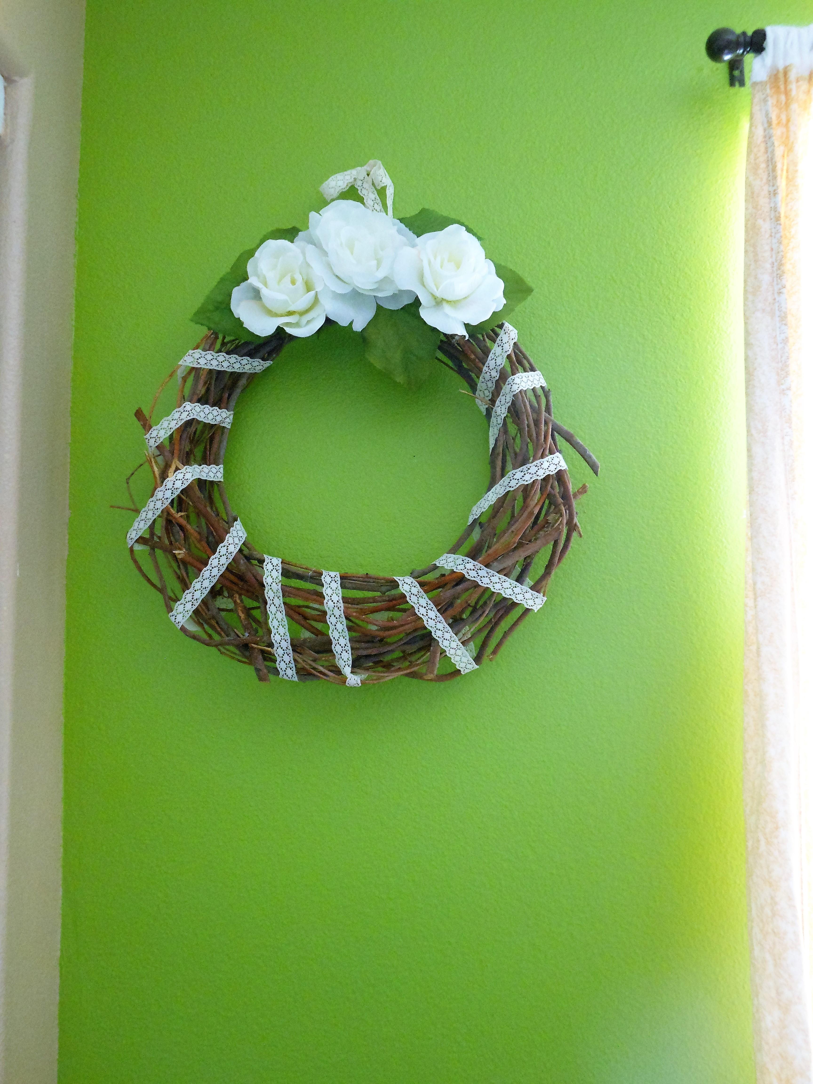 Hanging Wall Wreath