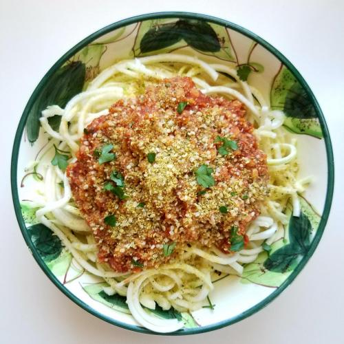 red lentil pasta with zoodles