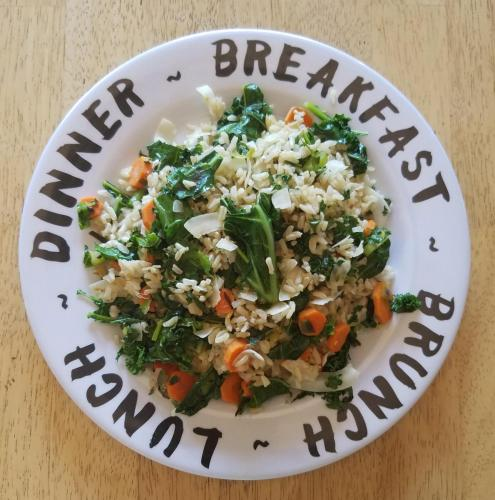 Spicy Kale and Brown Rice Stir-Fry
